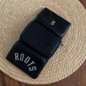 Roots cute Everyday leather Wallet